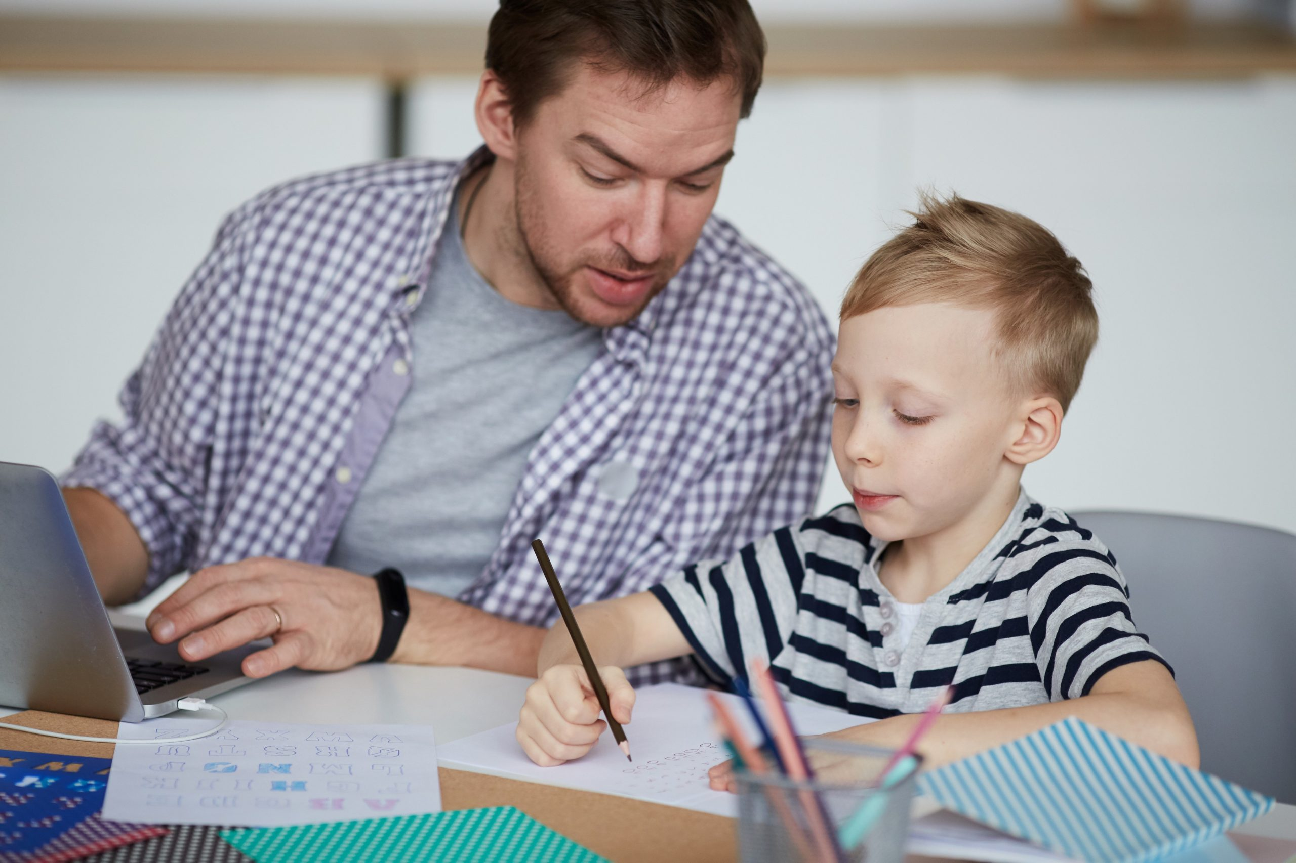 The Benefits And Drawbacks Of Homeschooling Children