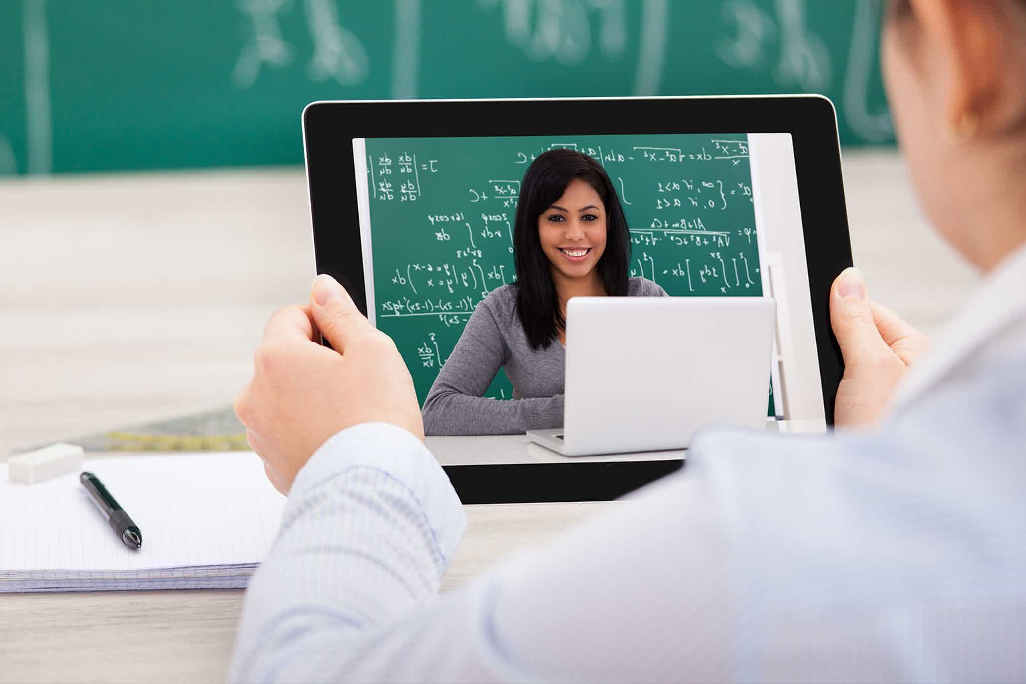 Study Reveals That Online Education Beats the Classroom!